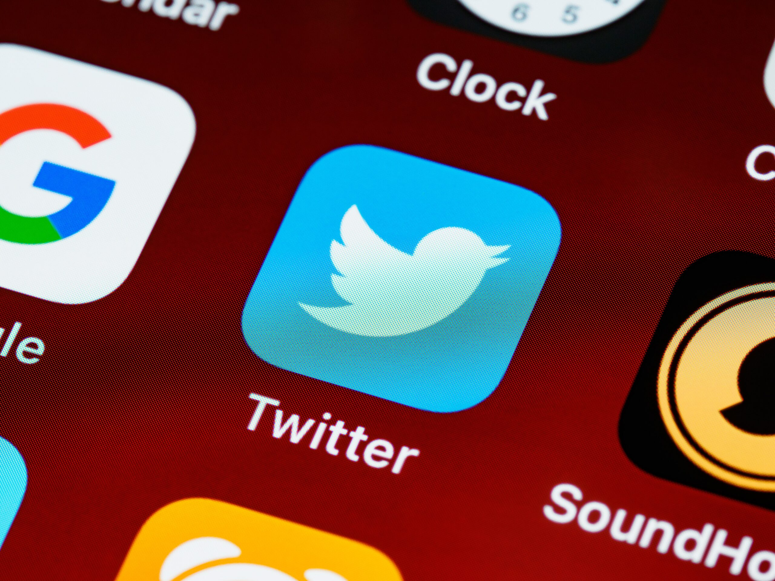 """A Court Warns Twitter """"If It Thinks It Can Take As Long As It Wants…"""""""